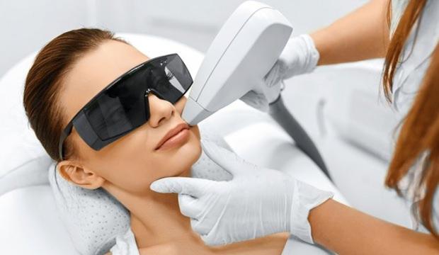 lazer epilasyon uygulaması, lazer epilasyonun faydaları, lazer epilasyon işe yarar mı