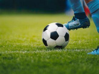 rüyada futbol oynamak, rüyada futbol görmenin anlamı, rüyada futbol sahası görmek